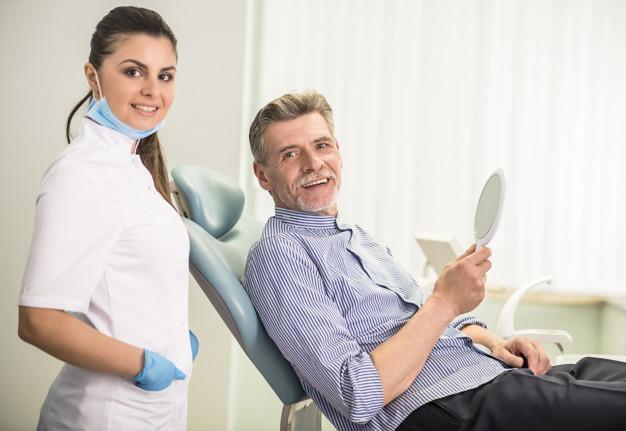 Zobna kirurgija zajema najzahtevnejše posege