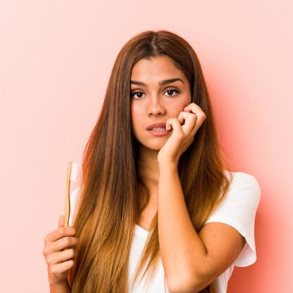 Puljenje modrostnega zoba je običajno med 18. in 25. letom starosti