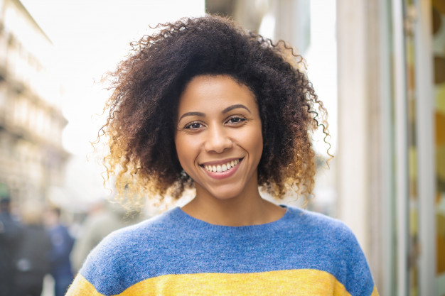 Zobne luske so primerne za spremembo estetskega videza zob