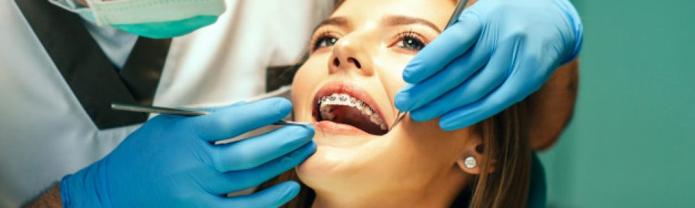 Zobni aparati so na voljo pri: ortodont Ljubljana, ortodont Maribor, ortodont Koper, ortodont Zagreb (ortodont samoplačniško, ortodont cenik, ortodont za otroke)